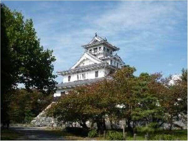 長浜城歴史博物館(ホテルより徒歩約5分)