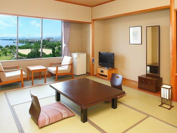 和室スタンダードルール10畳の広々空間でゆったり。