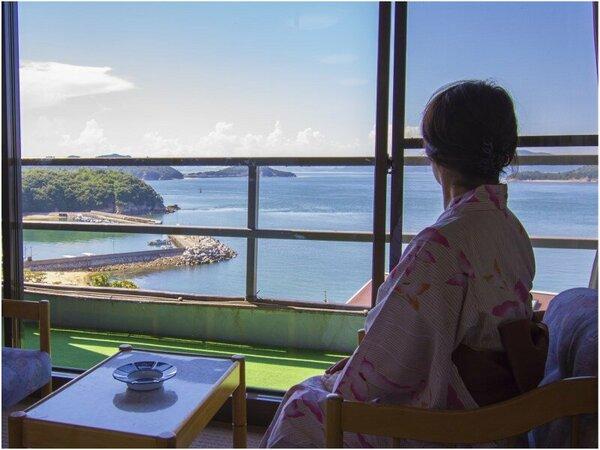 部屋からは、美しい瀬戸内海を眺望