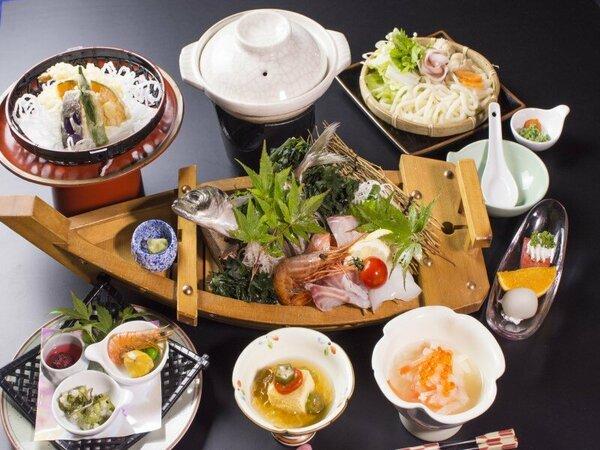 """瀬戸内の鮮魚を四季で楽しむ""""舟盛り""""会席"""