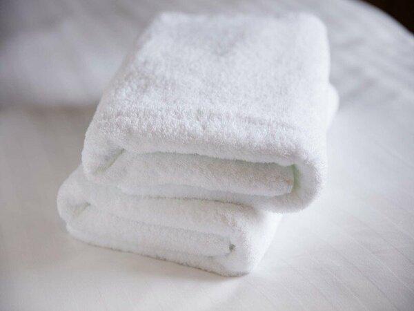 「今治タオル」ならではの肌触りのよさ、柔らかさ、吸水性の良さを実感できる高品質なタオルです。