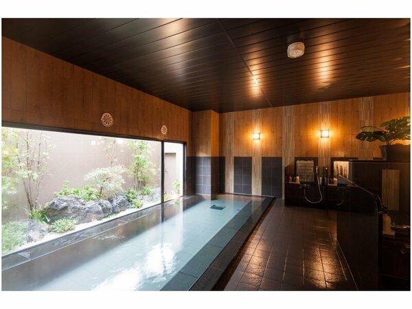 疲れをほぐすラジウム人工温泉大浴場「旅人の湯」15:00-2:00、5:00-10:00