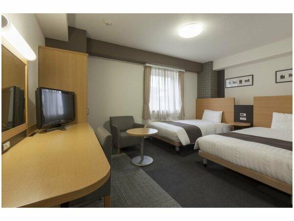 【ツインスタンダード】広さ19平米/ベッド幅123cm×2台