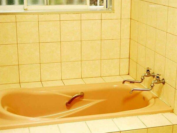 お風呂は貸切でご利用いただきます。24時間お好きな時間にどうぞ。