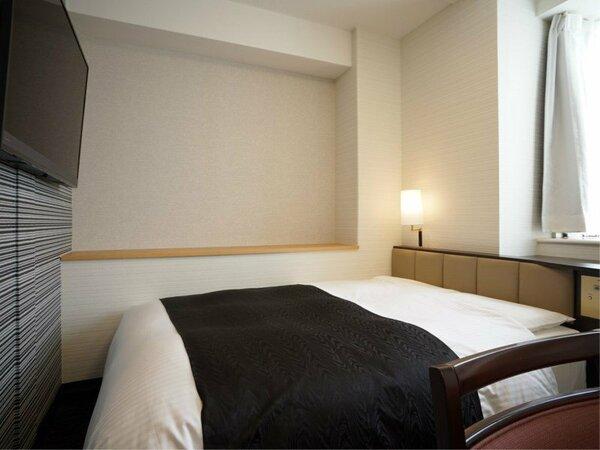 客室例:デラックスダブルルーム 14平米/140cm幅ベッド1台
