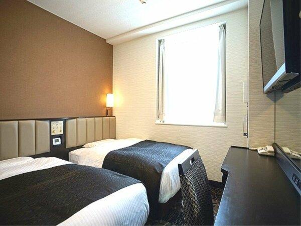 客室例:ツインルーム 15平米/110cm幅ベッド2台