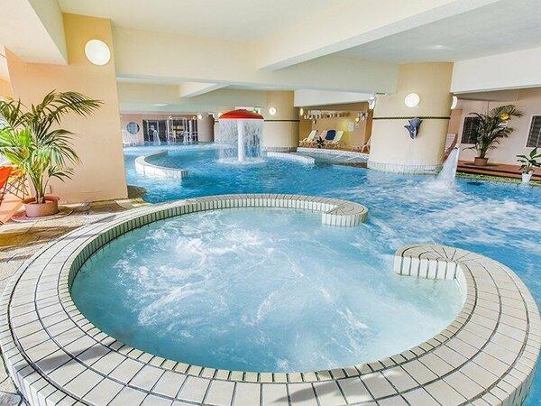 温泉クアパークには様々な浴槽があります