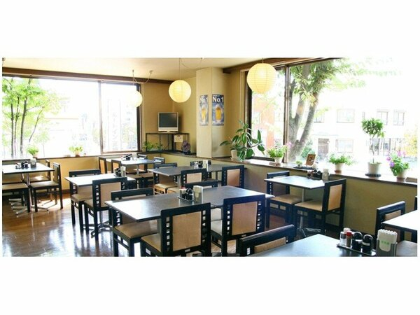 レストラン:花茶屋6:30-9:00/夕食18:00-22:00(ラストオーダー21:30)