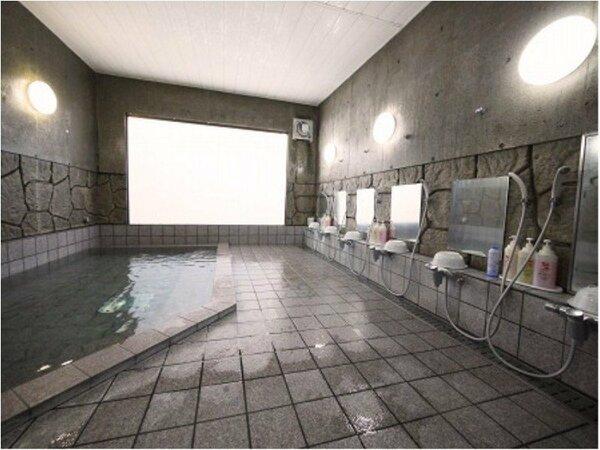 【男女別】 活性石人工温泉大浴場。ご利用時間⇒15:00~2:00 5:00~10:00