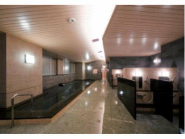 スパローズ(男性側浴室)は宿泊者専用施設。通常大人2100円