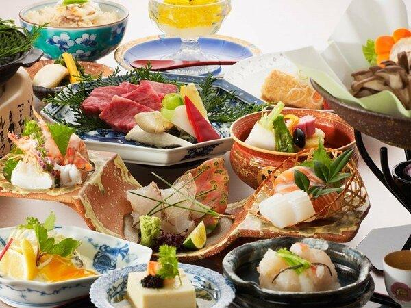 伊予路の食材を用い、料理人が腕を振るった旅のひと時を彩るお料理です(献立はイメージです)