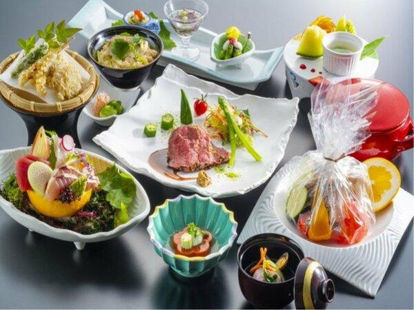 【6~8月旬彩会席イメージ】見た目にもこだわり抜いた懐石料理。心ゆくまでお楽しみください。