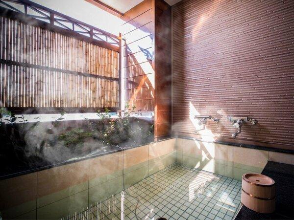 ◆客室温泉露天風呂(55.8平米)◆