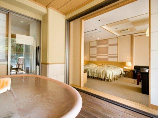 展望露天風呂付客室(洋室タイプ:陶器風呂)