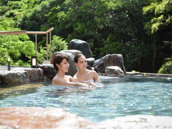 敷地面積西日本最大級「翠明の湯」