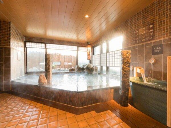 ◆女性大浴場内湯 アルカリ性単純温泉は独特のヌメりとツルツル肌に最適です♪