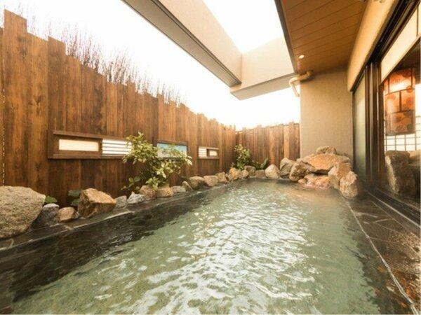 ◆女性大浴場露店 奥行たっぷり広々空間♪