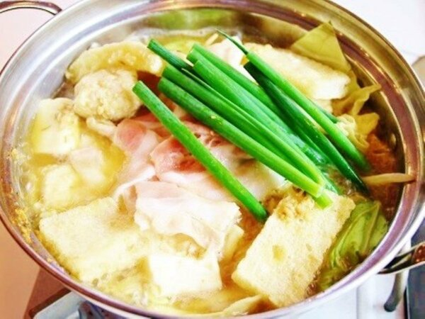 夕食(一例):ZIMAN鍋(味噌・チゲ)