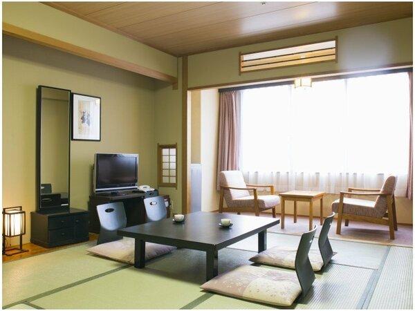 10畳の広々和室