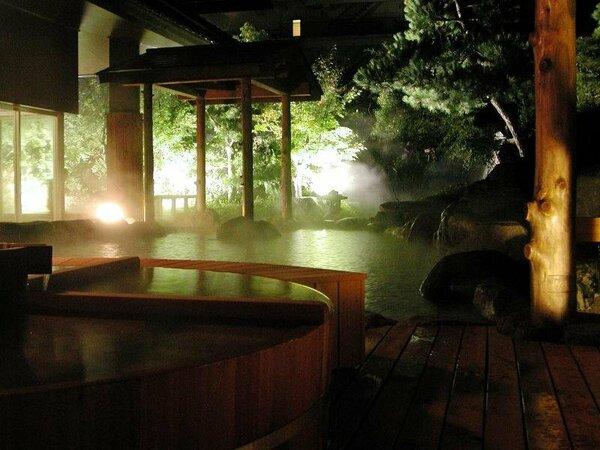 【庭の湯】閑静な日本庭園に包まれて心静かに寛げる庭園露天風呂