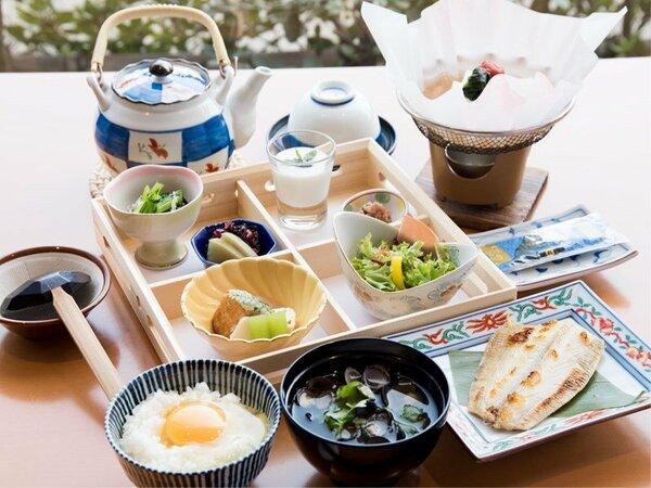 *【朝食】鳥取県の奥日野地方で育ったお米は絶品の味