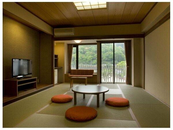 「遊楽館 和室」楽しい旅行を楽しむモダンな和室です