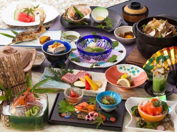 ■和食膳:季節の和風会席膳 一例【部屋食】【宴会場】のプランでご用意致します。