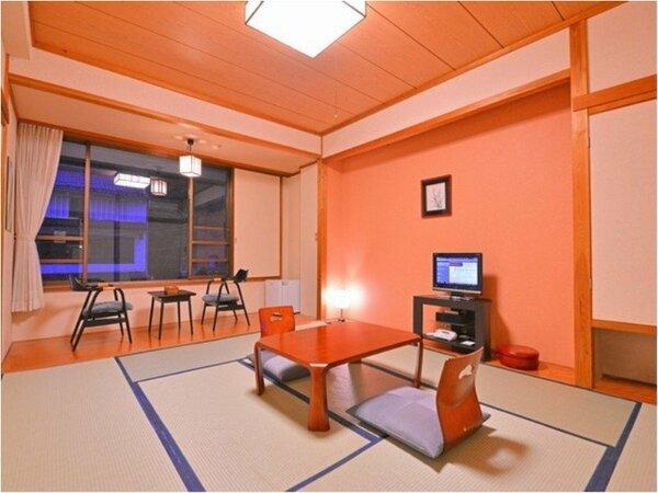 広々とした和室10畳のお部屋です。