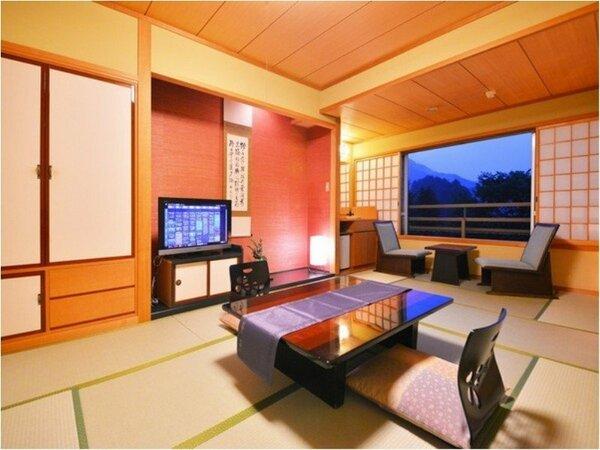 和室12畳のお部屋の一例