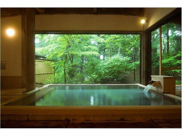 庭園を眺めながらのお風呂