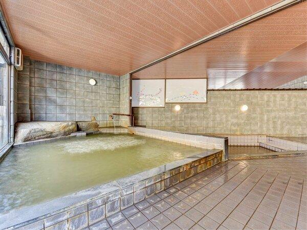 *【男性大浴場】一晩中入浴可能です!神経痛・腰痛・リュウマチなどの効能がございます