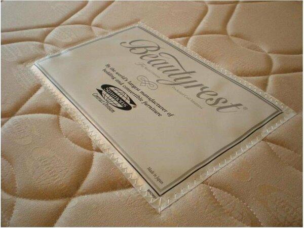 シモンズ社製のベッドマットレス