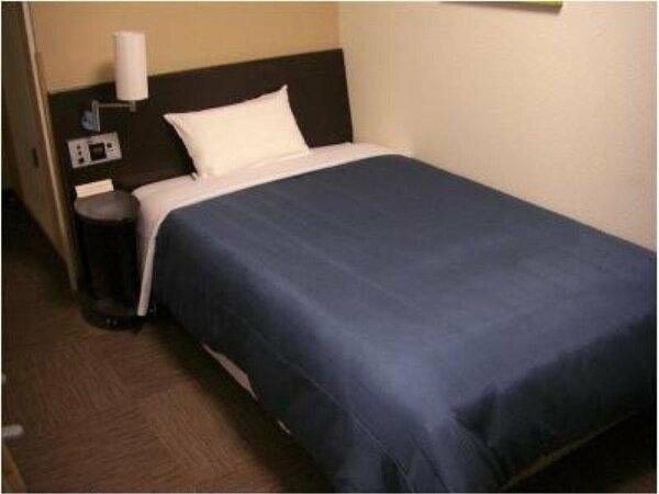 シングルルーム:全室無料Wi-Fi&加湿機能付空気清浄器完備