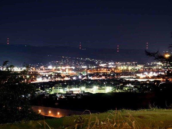 *景観/利根川が流れ、前橋・渋川市街が一望できる立地に当館はございます。