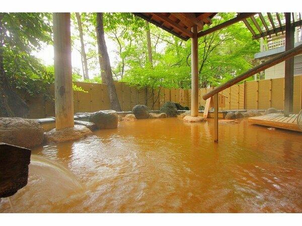 地下1階 岩風呂 こがねの湯