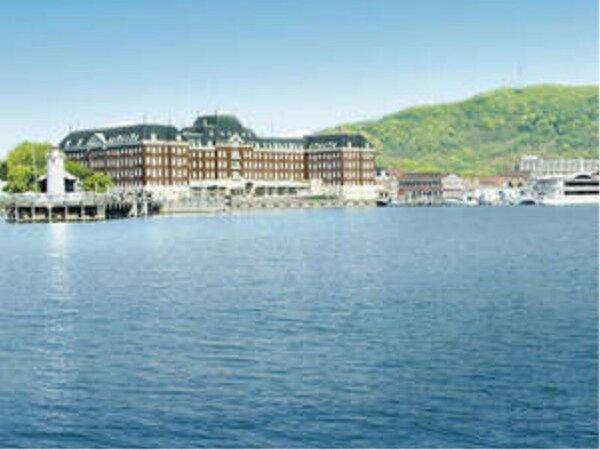 大村湾が広がるオーシャンフロントホテル