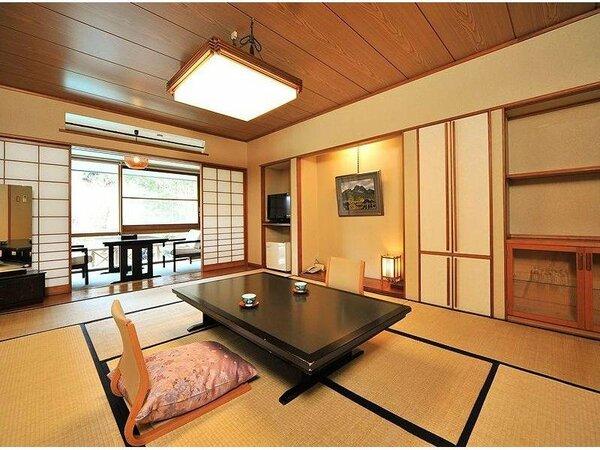 木造和室タイプの落ち着いたお部屋「清風館和室」全室ウォシュレット付きの洋式トイレと洗面所付き。