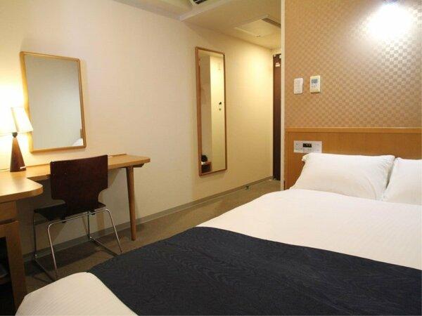 セミダブルルーム(広さ13平米 / ベッド幅120cm×1台)