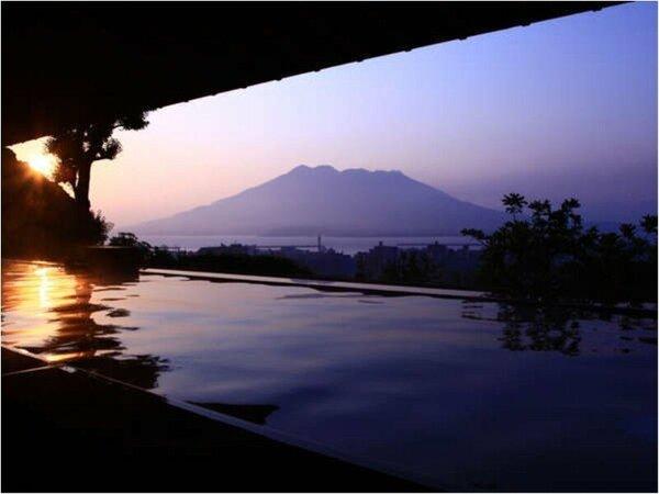 展望露天温泉さつま乃湯 から見る朝日