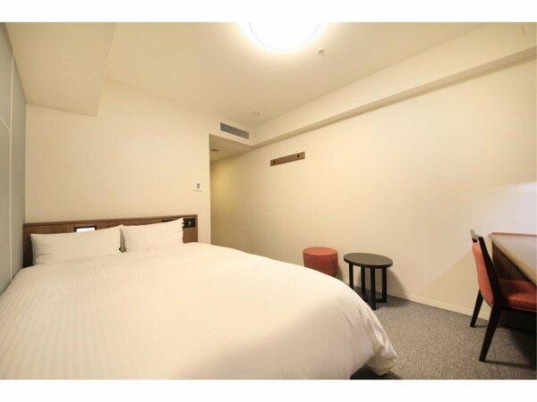 【スタンダードダブル18平米】 ベッド幅140センチ