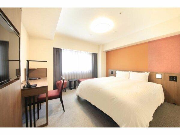 【デラックスダブル24平米】 ベッド幅168センチ