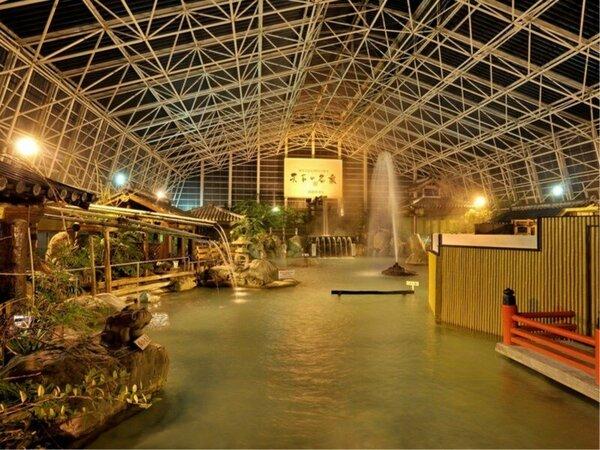 硫黄谷庭園大浴場画像(夜)