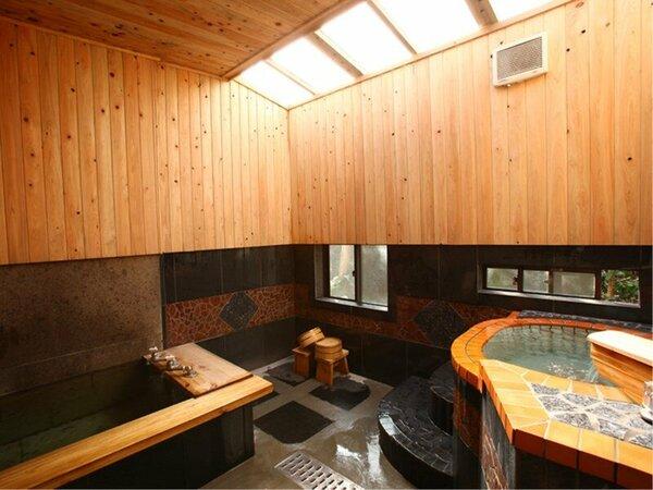 個室風呂(貸切湯)全11室。宿泊の方は、1時間1,000円でご利用できます。