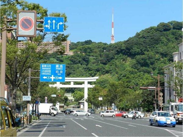 島津家28代の斉彬(なりあきら)を祀る照国神社も当館のすぐ近くにございます☆