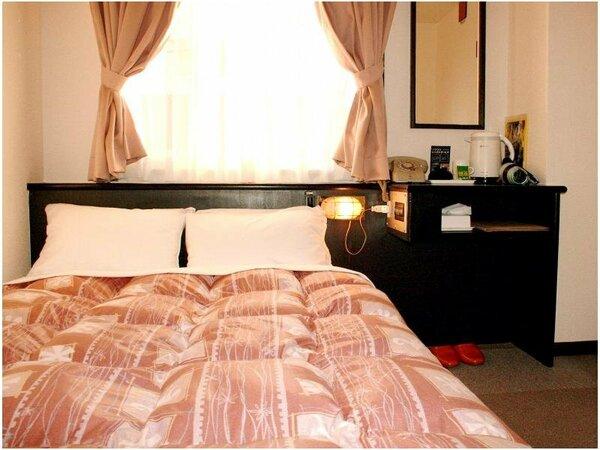 価格を重視■発想を転換■SWベッド120×200の2人利用は泊まりは安くその分地元グルメをお楽しみ!