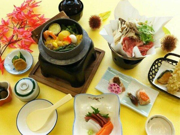 *秋の竹コース/山菜やキノコなど季節により具材を変えて炊き立てで提供する釜飯もついてます♪