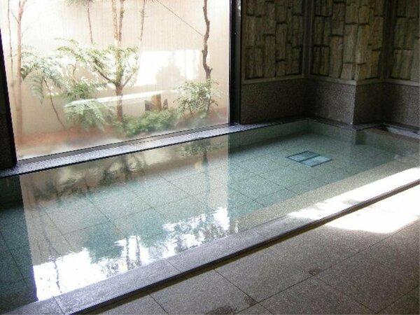 広々大浴場完備!人工ラジュウム温泉でゆったり♪