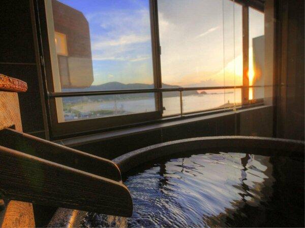 客室露天風呂からの眺望一例
