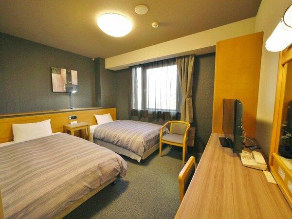 【ツイン】ベッドサイズ110×200(cm)全室無料Wi-Fi&加湿機能付空気清浄器完備
