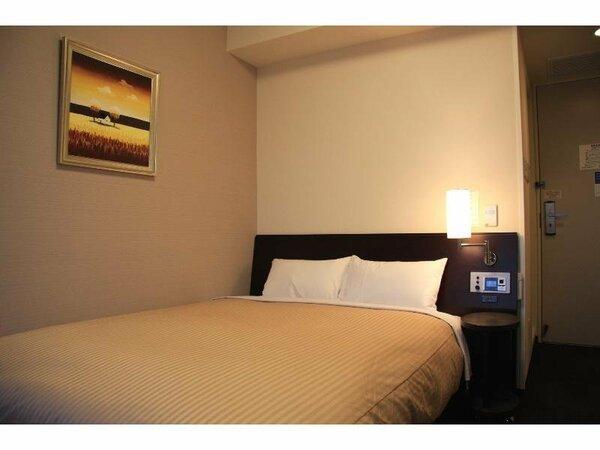スタンダードセミダブルルーム:無料Wi-Fi、加湿機能付空気清浄器、液晶TV完備!